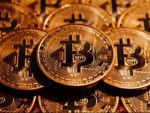 Σε υψηλά 21 μηνών «ίπταται» το Bitcoin - Αφορμή οι μαζικές αγορές από κινέζους επενδυτές